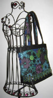 012Tote878hanging-sized.jpg