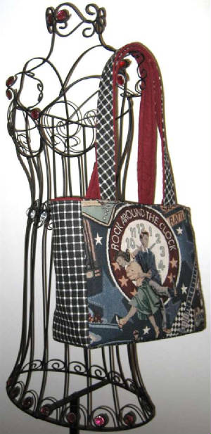 Music/044Tote651hanging-sized.jpg