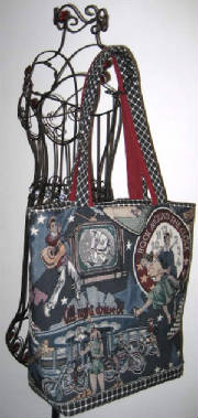 Music/046Tote647hanging-sized.jpg